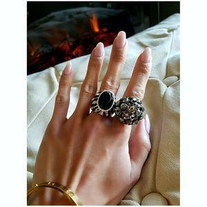 ❤ 2 ASOS Silver & Black Jewel Statement Rings ❤